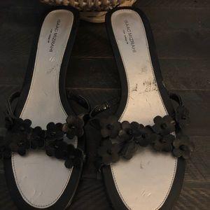 Isaac Mizrahi sandals with black flowers